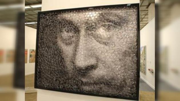 200.000 euros por un retrato de Putin hecho con 'mini Giocondas'
