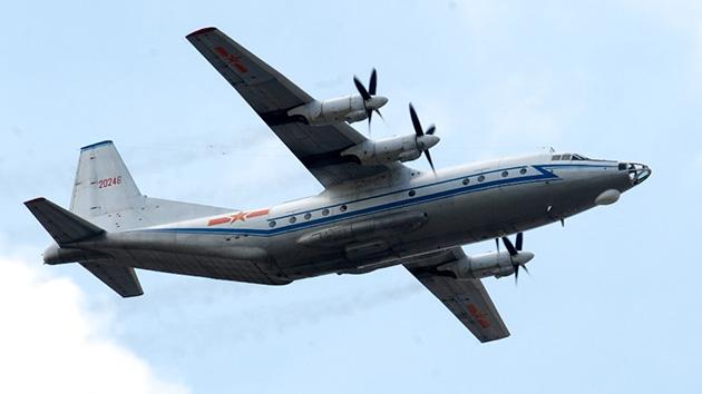 Venezuela espera la llegada de aviones Y-8 de China y sistemas antiaéreos rusos