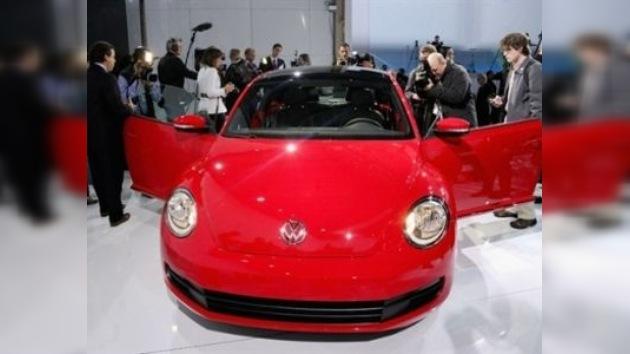 Volkswagen presenta un modelo renovado de Beetle