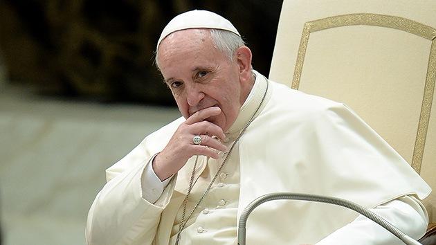 Invitan al papa Francisco a ver una polémica película 'anticatólica'