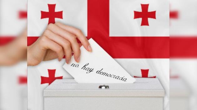 Casi la mitad de los georgianos cree que en su país no hay democracia