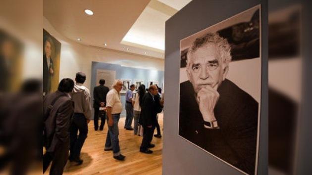 Metro de Moscú rinde homenaje a García Márquez con una exposición rodante de sus obras
