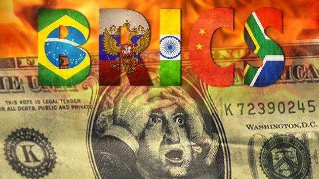 """""""Moneda común del BRICS terminará con hegemonía del dólar y será contrapeso para EE.UU."""""""