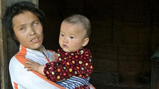 Una china admite haber vendido a cuatro de sus hijos para mantener al resto de su familia