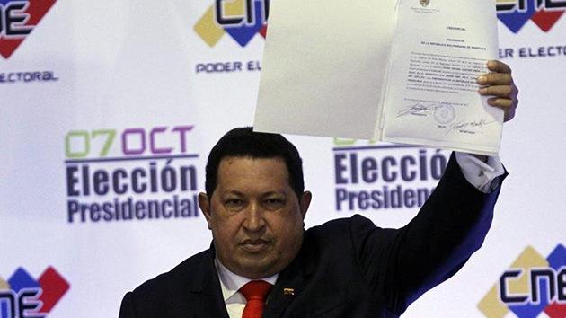 Chávez asume oficialmente la presidencia de Venezuela hasta 2019