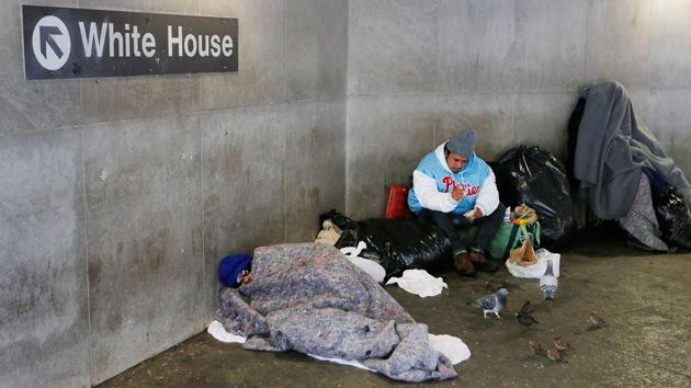 """""""Parece una limpieza étnica"""": EE.UU. hostiga a las personas sin hogar"""