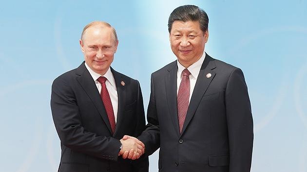 """Consejo de Seguridad de Rusia: """"La política de EE.UU. empuja a Rusia y China a reunirse"""""""