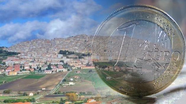 Un pueblo siciliano pone a la venta sus casas por solo 1 euro