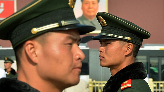 Polémica en China por un video en el que se ve a soldados torturando a reclutas
