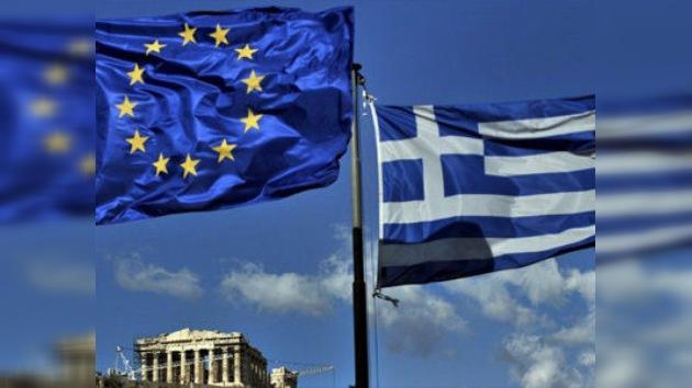 Grecia  aprueba el préstamo de rescate de la UE y del FMI entre protestas
