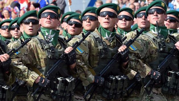 Analistas: La guerra dispara la riqueza de Poroshenko