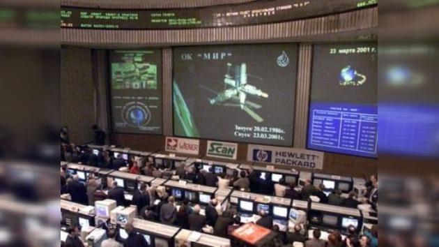 """Hace 10 años terminó el vuelo de la estación orbital """"Mir"""""""