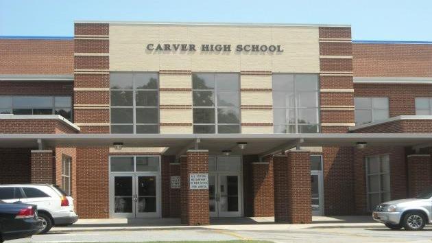 Tiroteo en una escuela de Carolina del Norte, EE.UU.