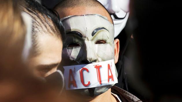 México se une al ACTA y Anonymous amenaza con atacar