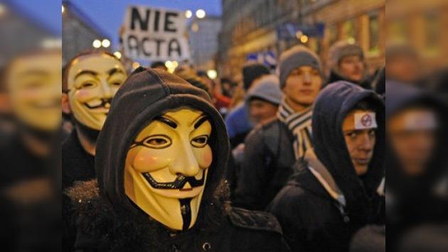 Miles de personas se manifiestan en Polonia contra el acuerdo de la 'cibercensura'