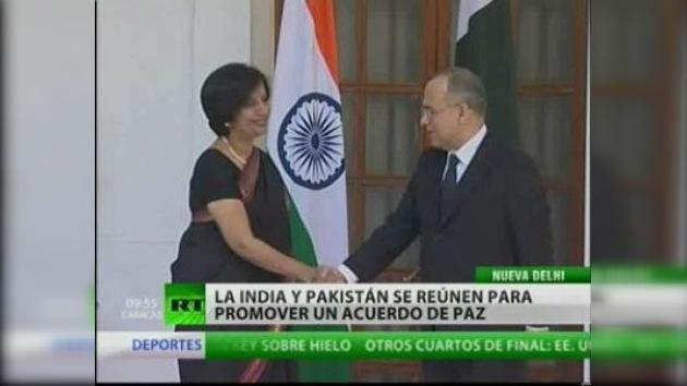 La India y Pakistán reinician conversaciones tras los atentados de Bombay