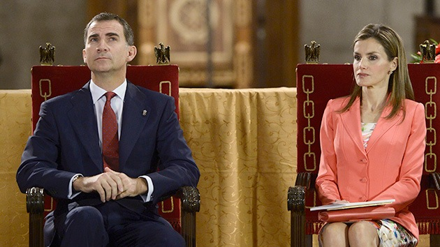La tía de la futura reina de España hace campaña en Twitter contra la monarquía