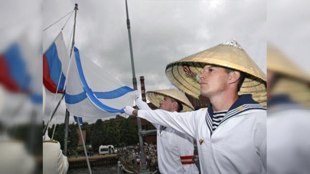 Rusia planea reabrir el puerto naval militar en Vietnam