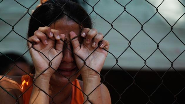 EE.UU.: Encarcelan a una mujer al confundirla con una difunta