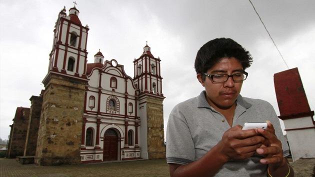 Indígenas mexicanos llevan la telefonía móvil donde las grandes empresas no quieren ir