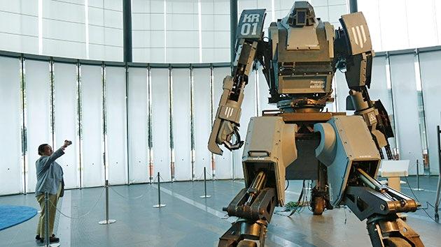 En 2040, robots y humanos competirán por el empleo