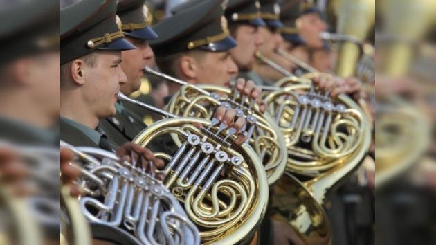 Las orquestas ensayan para la gran conmemoración