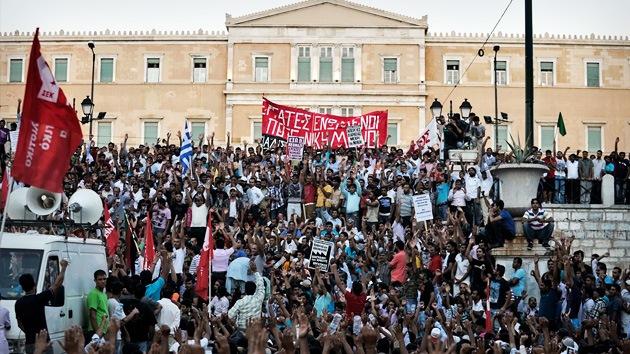 Fotos: Miles de personas protestan contra el racismo y la discriminación en Grecia