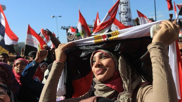 """Clérigo islamista: """"Las activistas egipcias son demonios que quieren ser violadas"""""""