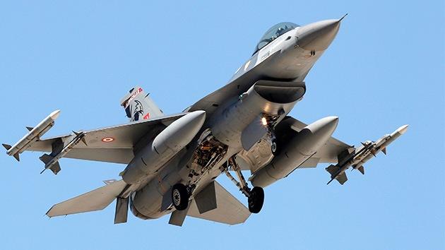 Turquía: Se estrella un caza F-16 del Ejército