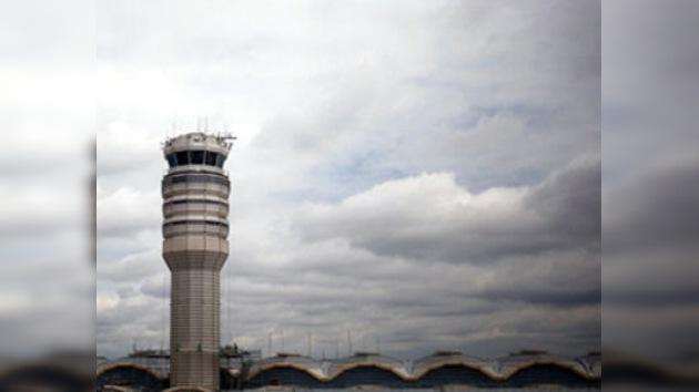 Un controlador dormido podría haber causado una catástrofe aérea