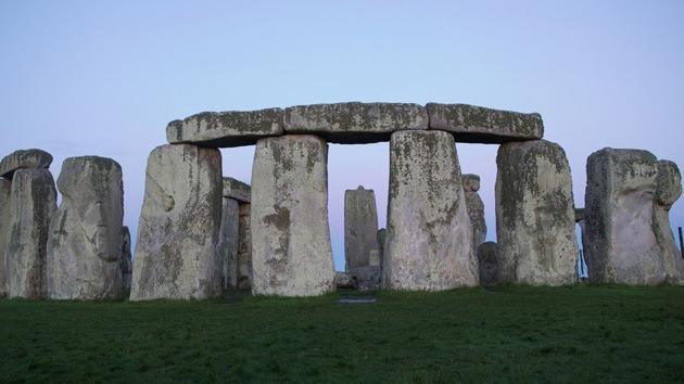 Nuevo estudio 'reescribe' la historia del famoso monumento Stonehenge