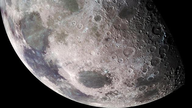La Luna, ¿'oculta' bajo polvo de asteriodes?