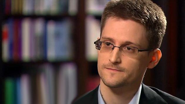 """WikiLeaks: Las revelaciones de Snowden son """"un dolor tan fuerte que no se siente"""""""