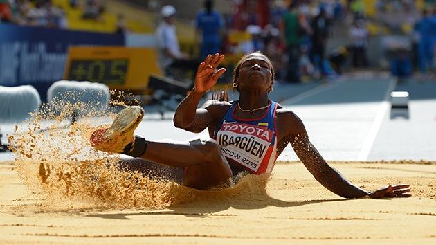 La colombiana Caterine Ibargüen consigue el oro en el Mundial de Atletismo en Moscú