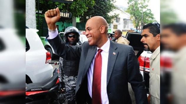 El cantante Michel Martelly juró como nuevo presidente de Haití