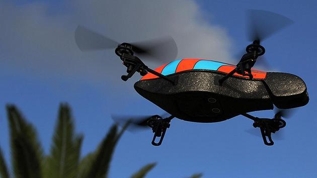 Video: Un 'drone' que puede secuestrar a otros 'drones' diseñado por un 'hacker'