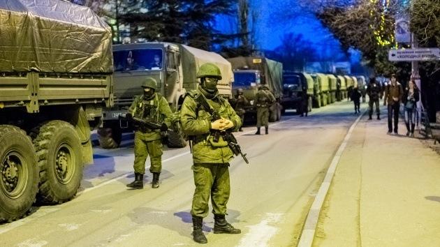 Tres regimientos antiaéreos juran lealtad a las autoridades de Crimea