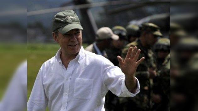 Santos pide gestos y no palabras de las FARC tras la propuesta de paz de la guerrilla