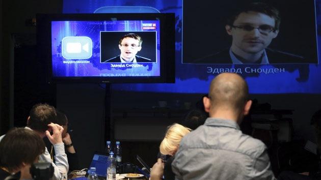 """Putin a Snowden: Rusia """"no permite"""" espionaje masivo"""