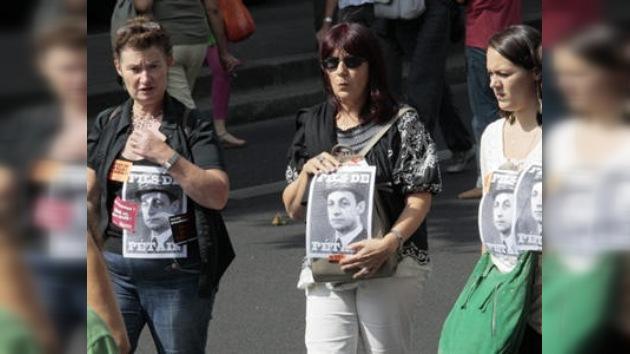 Protestas contra decisión francesa de expulsar a gitanos indocumentados