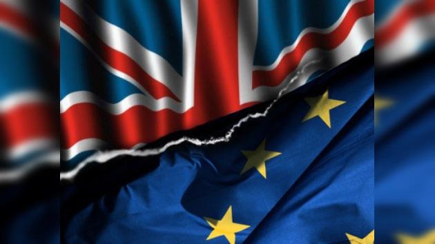 La Hacienda británica se negó a arrimar el hombro al euro