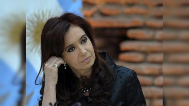 El pueblo argentino se solidariza con su presidenta