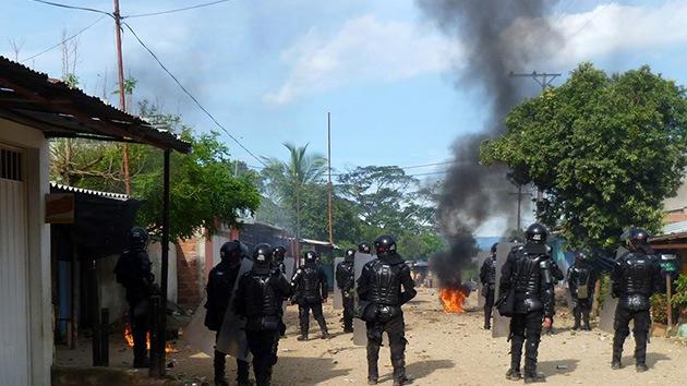 Colombia: Agentes de seguridad agreden a periodista que cubría protestas campesinas