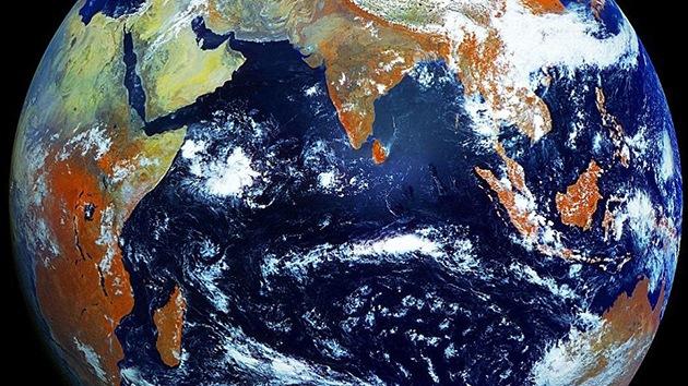 Estudiante publica impresionante video de alta definición de la Tierra desde el espacio