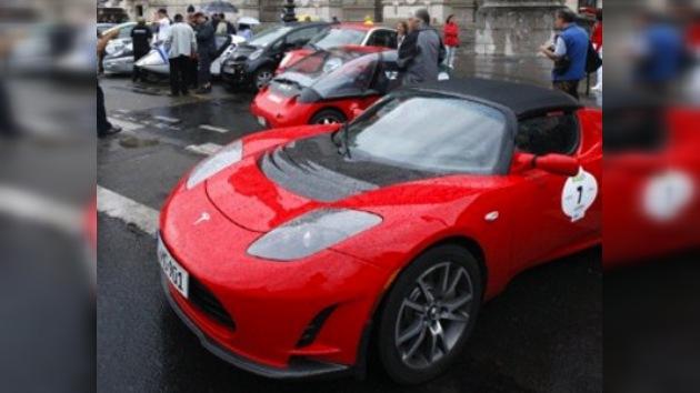 Arranca en Francia una carrera de autos eléctricos