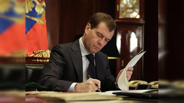 Medvédev: sistema europeo del escudo antimisiles será eficaz solo con participación rusa