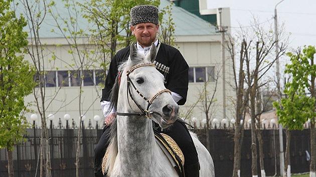 El líder checheno arremete contra Alemania en Instagram por discriminar a sus caballos
