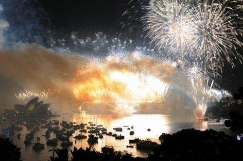 El planeta le da la bienvenida al 2012