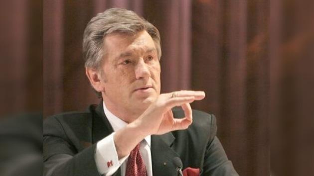 Presidente de Ucrania está abusando de su posición