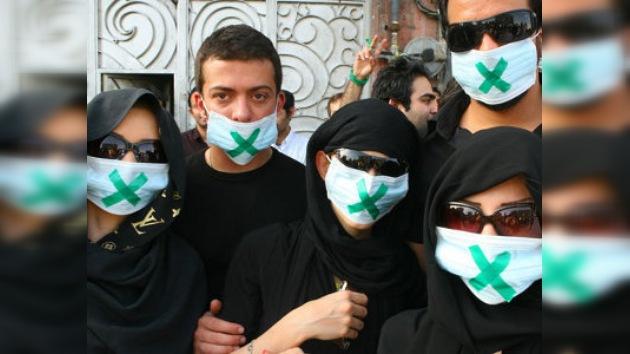 Irán cierra los periódicos indeseables